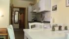 Küchen & Esstisch